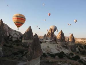 Naomi Zweben Hot air ballooning over Cappadocia, Turkey