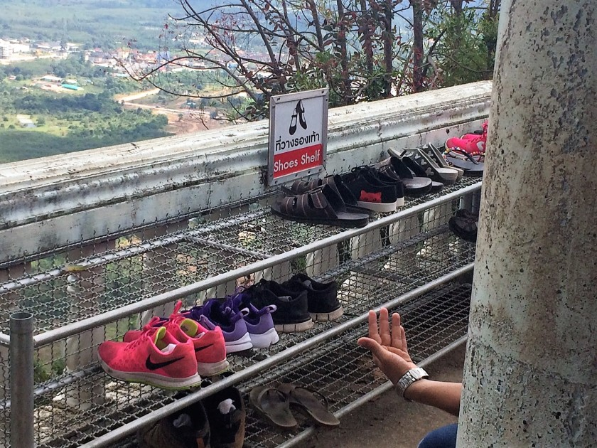 shoes-at-tiger-cave-temple