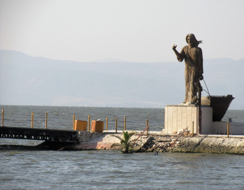 Jesus protecting fishermen